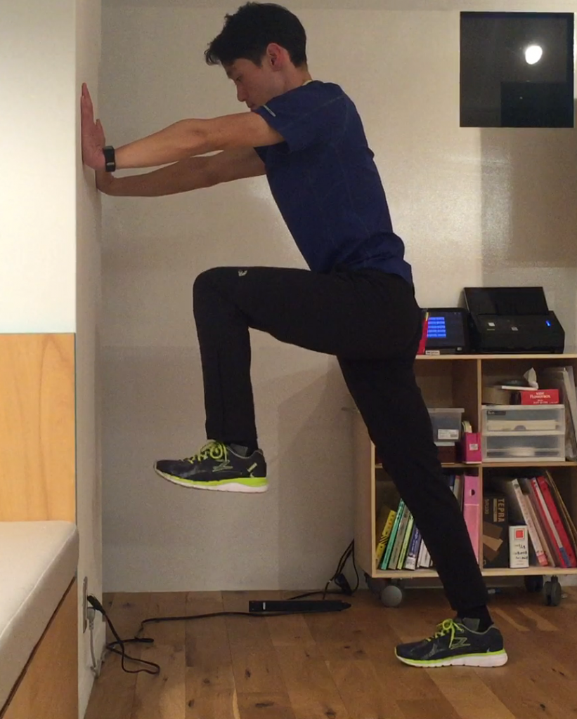 「【脱3K走り】股関節強化でスイスイ脚が前に出るランニングフォームに!」の画像