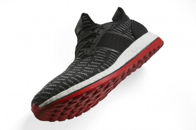 「adidas『PureBOOST ZG』3月18日(金)発売」の画像