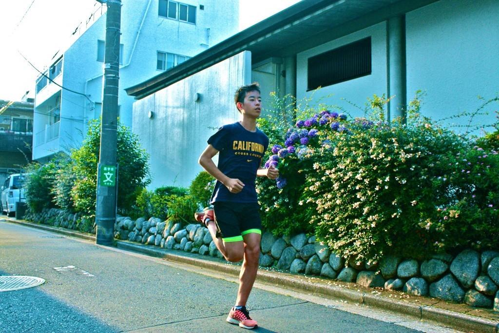 「箱根駅伝と同じような熱気に包まれる「米クロスカントリー」に挑む岡田 健さんへインタビュー」の画像