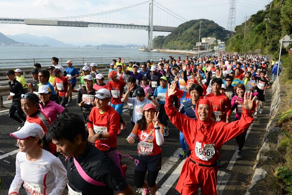 「シーサイドコースのロケーションは国内屈指! 下関海響マラソン2016」の画像
