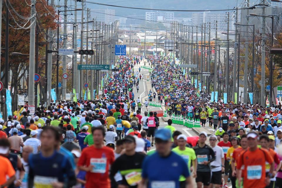 「「都会」と「自然」両方の風情を満喫できる! 福岡マラソン2016」の画像