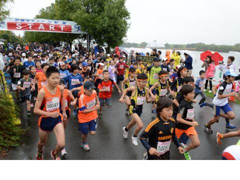 「ランナーの心身を潤すサービスが満載! 戸田マラソン in 彩湖2016」の画像