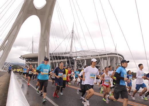 「豊田スタジアムの大歓声を体感できる!? 第37回豊田マラソン大会」の画像