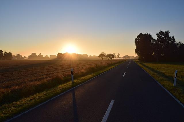 「「週末にまとめ走り」でも健康で長生きに!? 週末は「朝ランニング」がオススメな理由」の画像