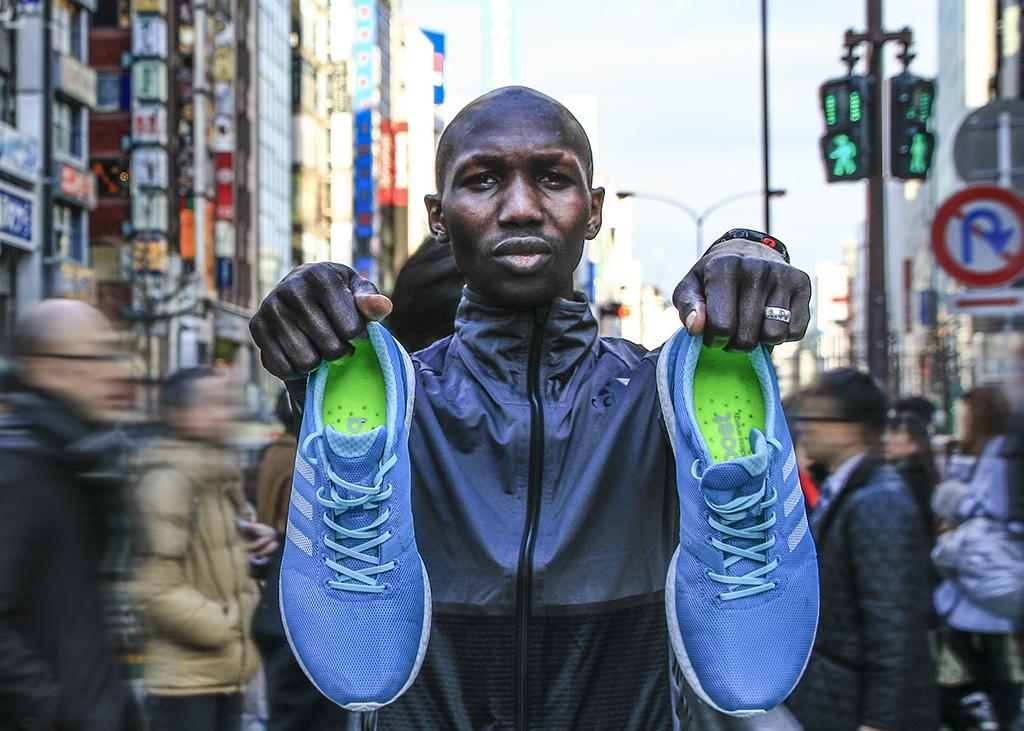 「東京マラソン優勝者が履いていた「adizero Sub2」は、世界に一足しか無いシューズ!?」の画像