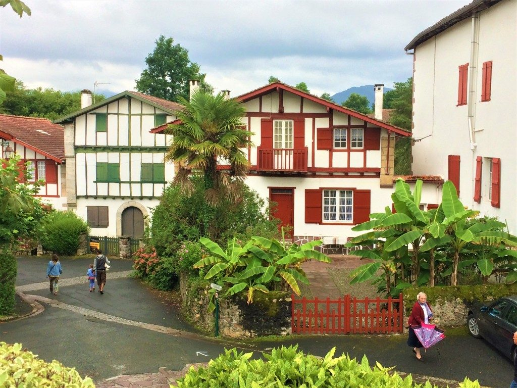 「スペイン在住・廣瀬花がフランスのバスク地方で早朝ラン」の画像