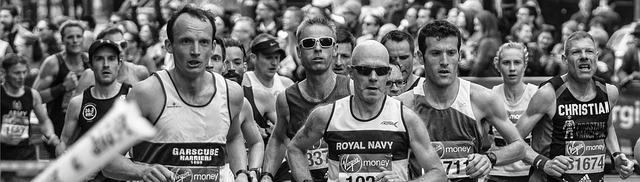 「80歳でマラソン3時間30分!! 「マスターズ」各世代の記録と自身を比較してみよう!!」の画像