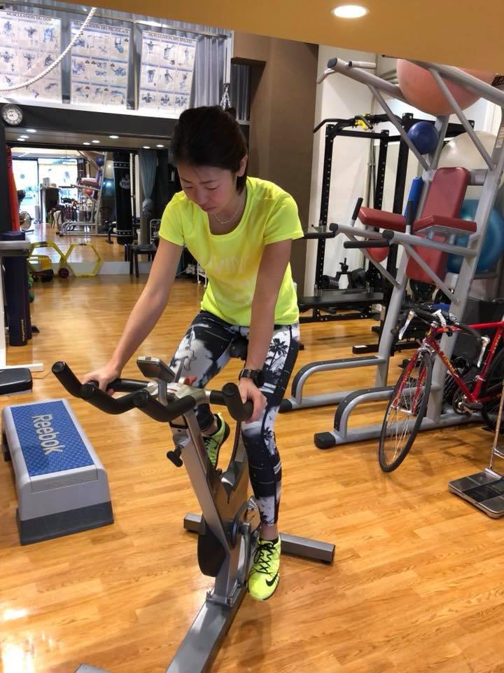 「外で走る練習にこだわらない!! 屋内でできるトレラントレーニング!! 【トレイル女子ランあいうえお】」の画像