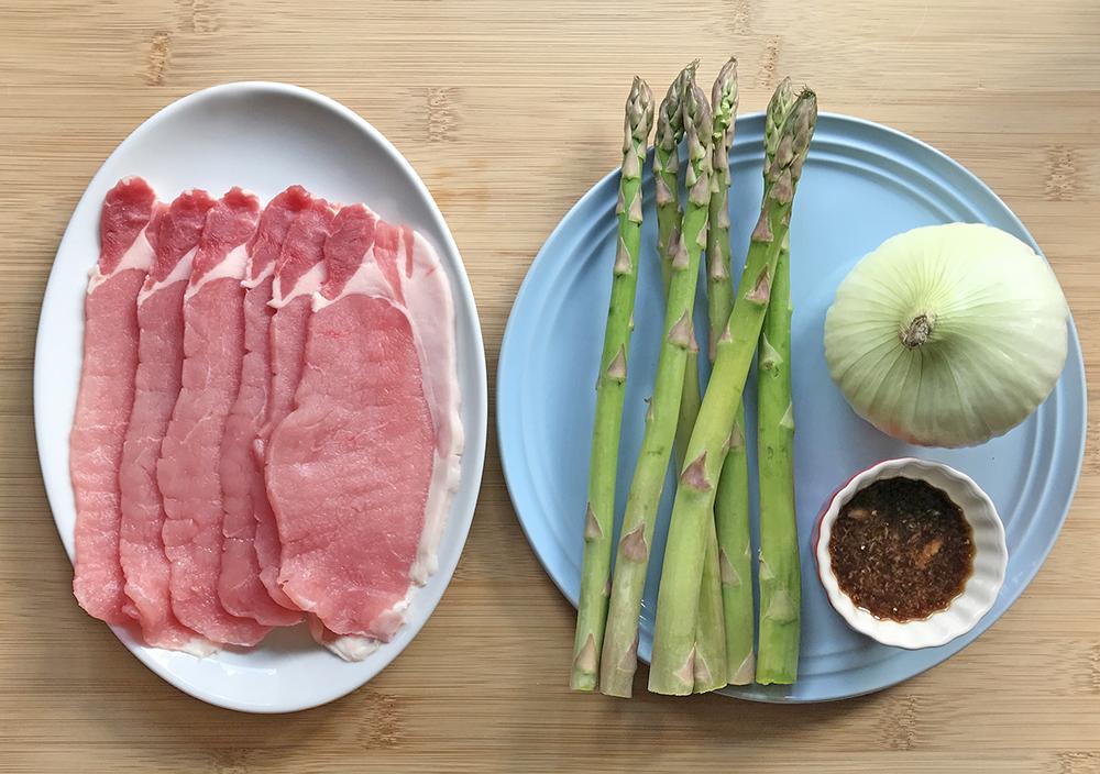 「管理栄養士が考えるランナーメシ!春の疲労回復メニュー!【アスパラガスと豚肉のしょうが焼き】」の画像