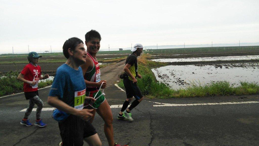 「視覚障がいのあるランナー村上さん×伴走M高史のかすみがうらマラソン」の画像