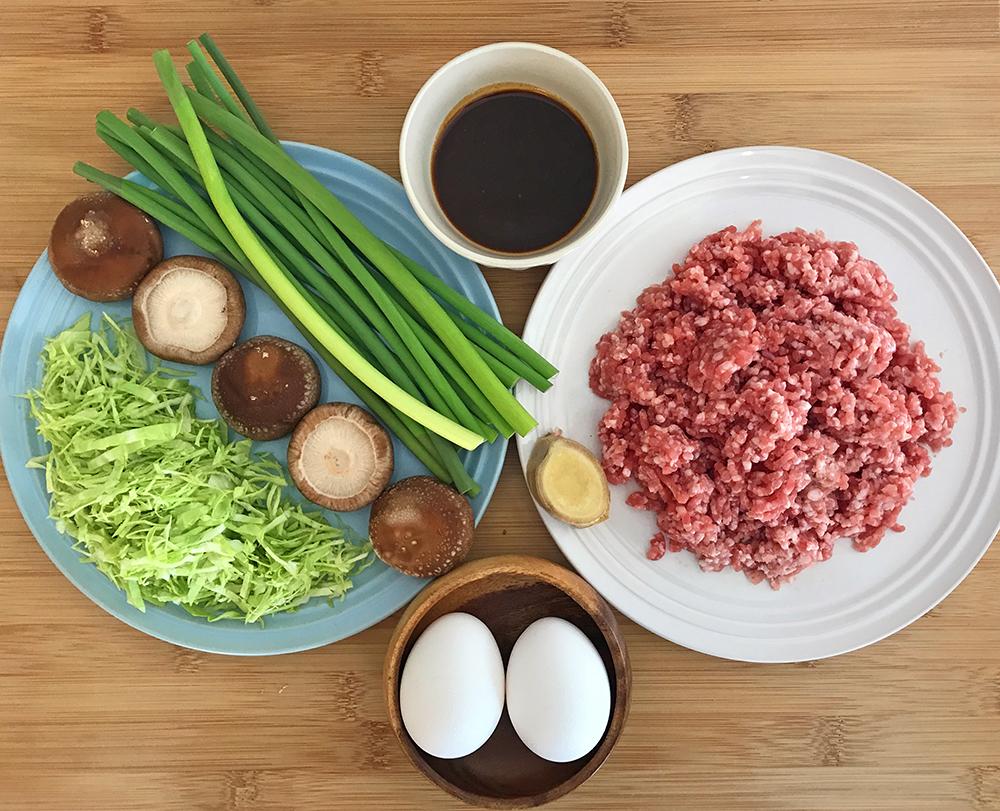 「管理栄養士が考えるランナーメシ!お疲れ解消レシピ!【豚とニンニクの芽の肉みそ丼】」の画像