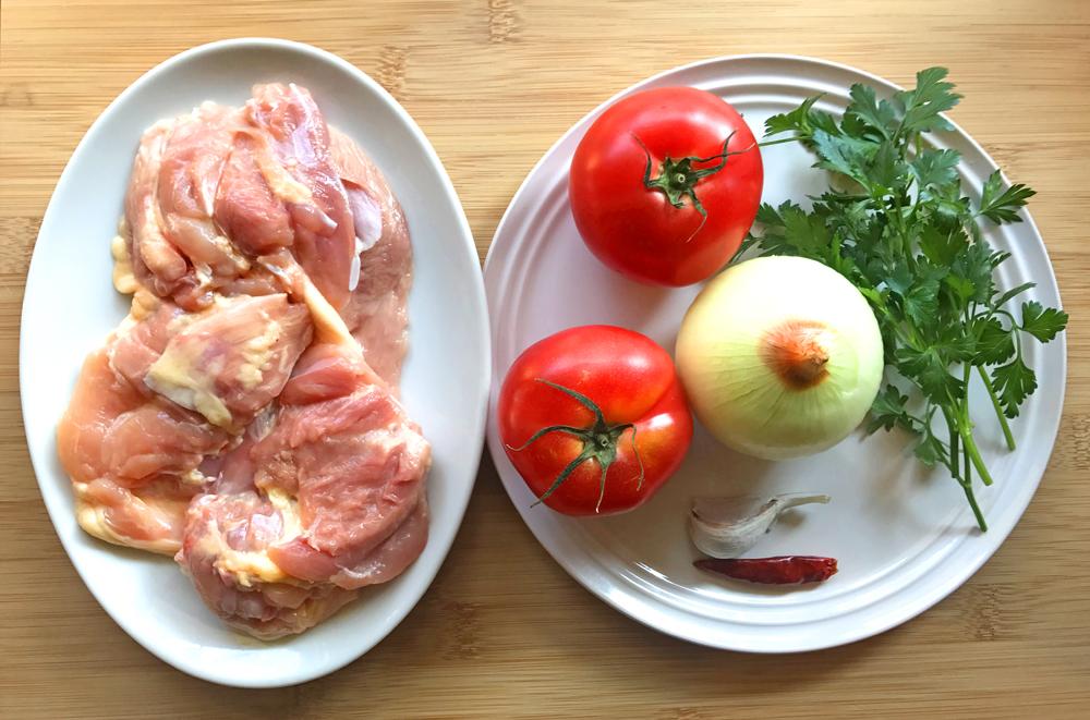 「管理栄養士が考えるランナーメシ!走ると増える?「活性酸素」に要注意!【チキンのトマト煮】」の画像