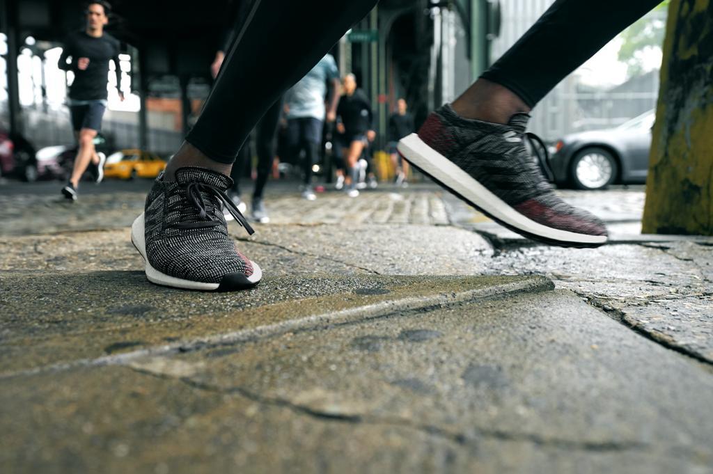"""「アディダスが""""ストリートラン""""を盛り上げる新モデル『PureBOOST GO』を発売」の画像"""