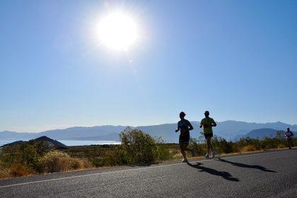 「マラソンで前の人に隠れて空気抵抗を無くす!! でも、何mが最適の距離!?」の画像