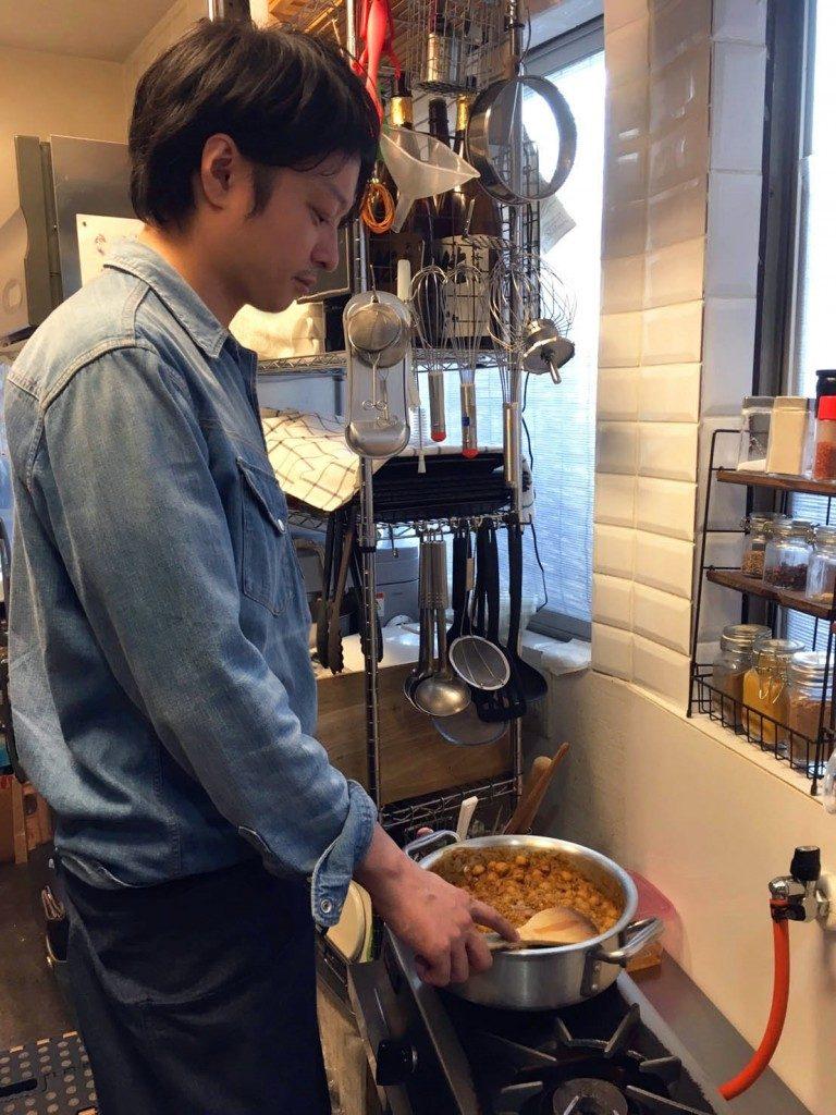 「サバ缶食べて持久力アップ!? 管理栄養士・麻生のRUNレシピ【時短!サバ缶カレー】」の画像