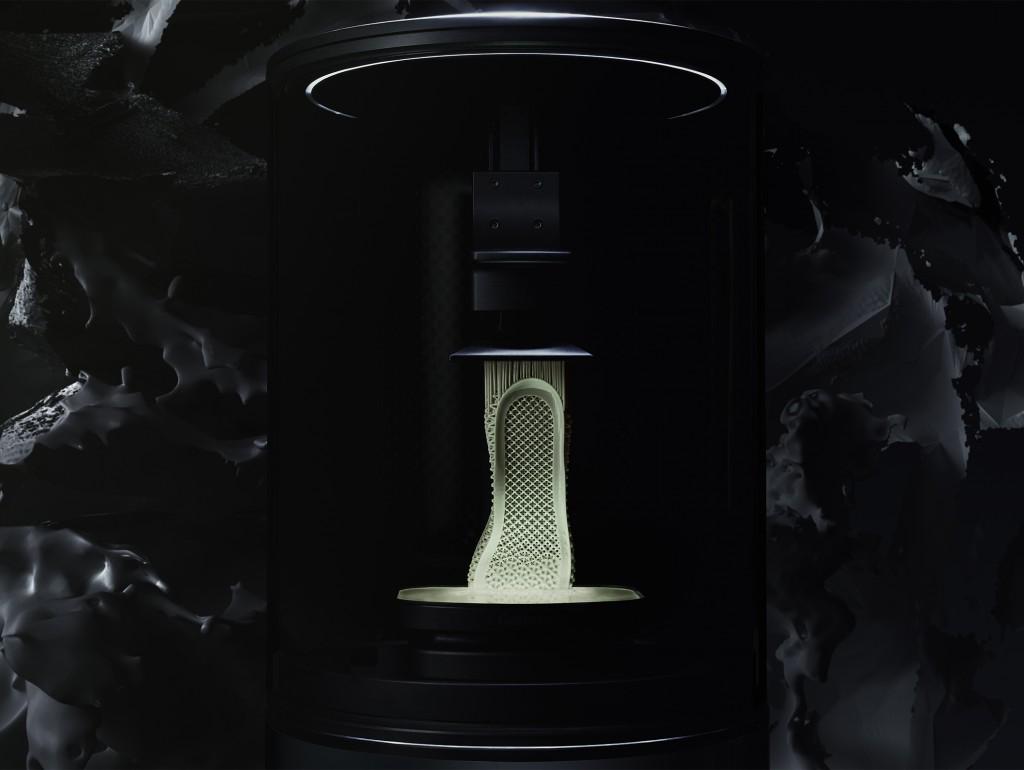 「革新的ミッドソール搭載! アディダス『ALPHAEDGE 4D(アルファエッジ フォーディー)』登場!」の画像