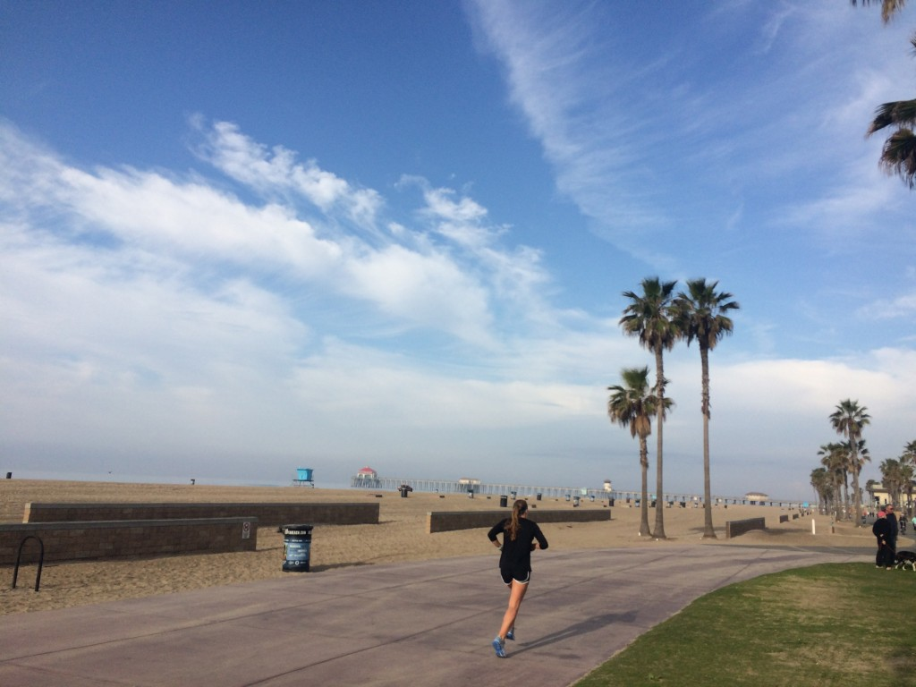 「「サーフシティー・マラソン」4日前に1人で走った42.195km」の画像