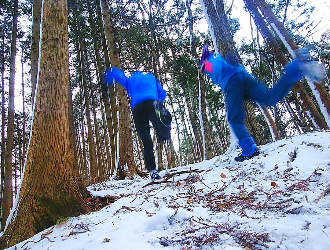 「白銀の雪山を走る!! スノートレイルランニングに必要なアイテム」の画像