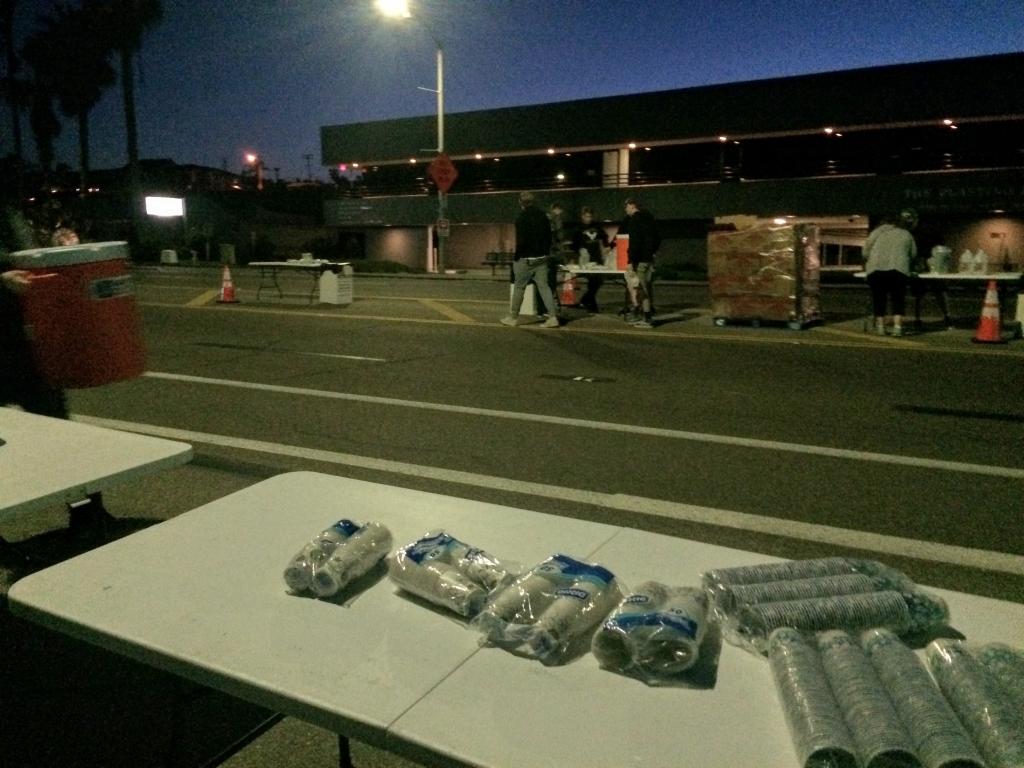 「たまにはレースをサポート。アメリカで給水ボランティア初体験」の画像