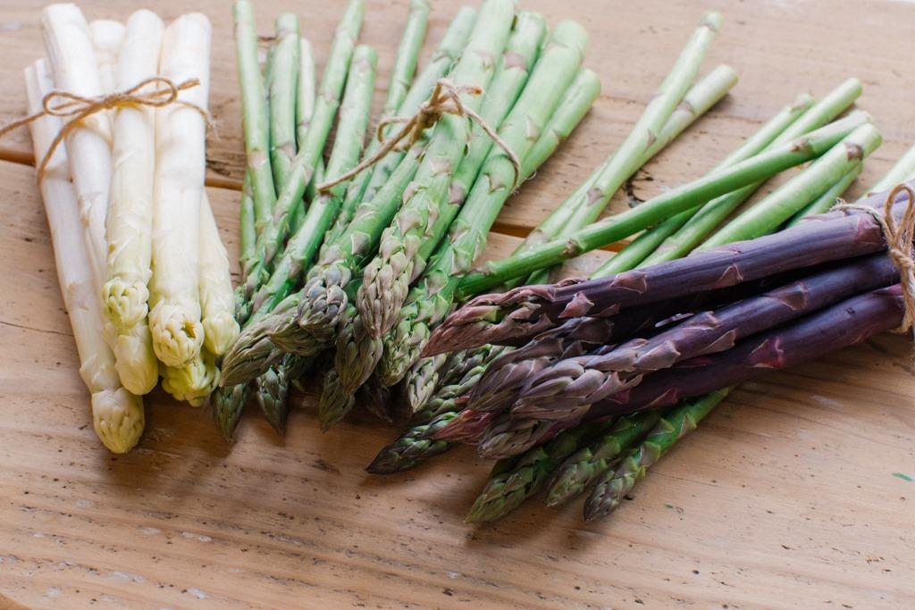 「疲労回復にスタミナUPにオススメ食材『アスパラガス』はストレスや紫外線対策にも」の画像