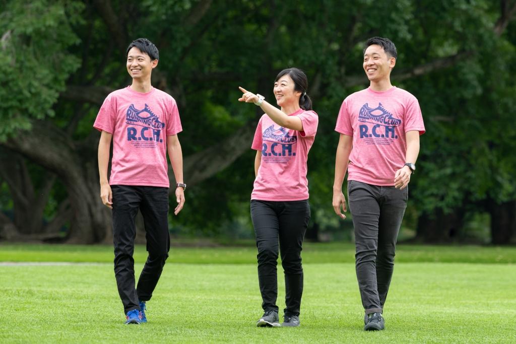 「記録よりも楽しむこと優先? 初マラソンを海外レースに選んだ3人の視点」の画像