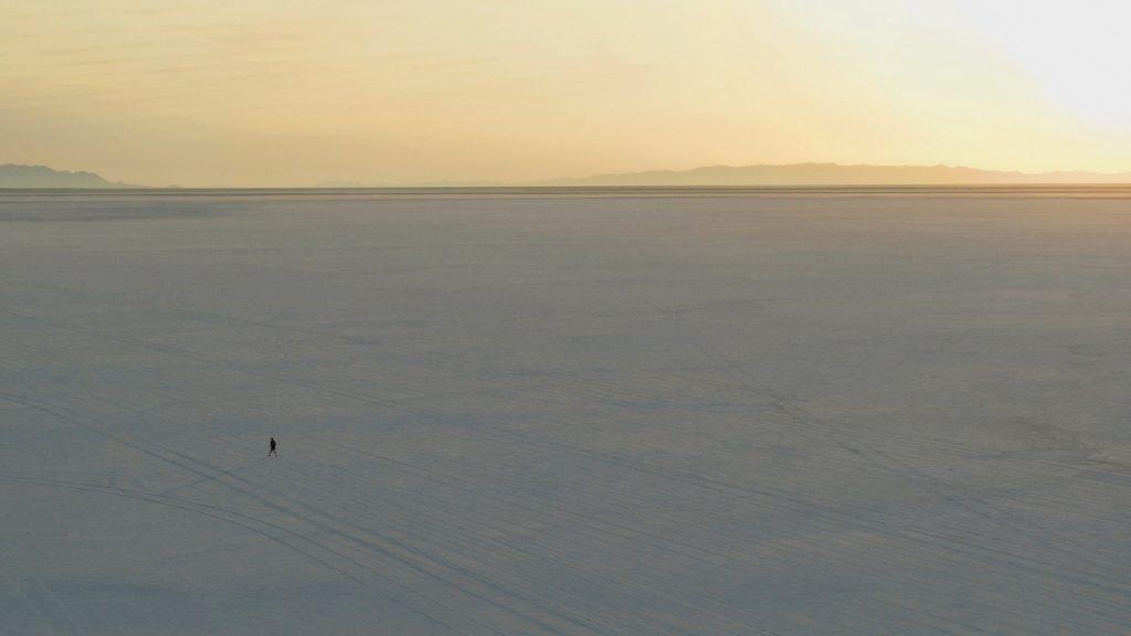 「9月27日発売!アシックス『GLIDERIDE』を履いて白銀の世界をラントリップ」の画像