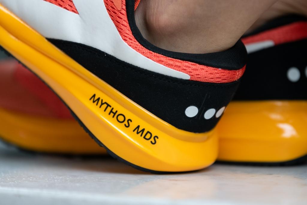 「ディアドラ「ミソスMDS」はリーズナブルかつ心地良いクッショニングモデル」の画像
