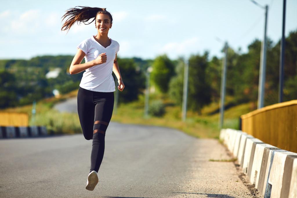 「ランニングのために体を整えるウェイクアップ・メソッドとは」の画像