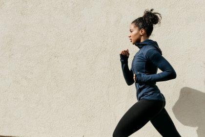 「初心者向けランニングシューズの選び方。足への負担が軽くなれば走りも快適に!」の画像