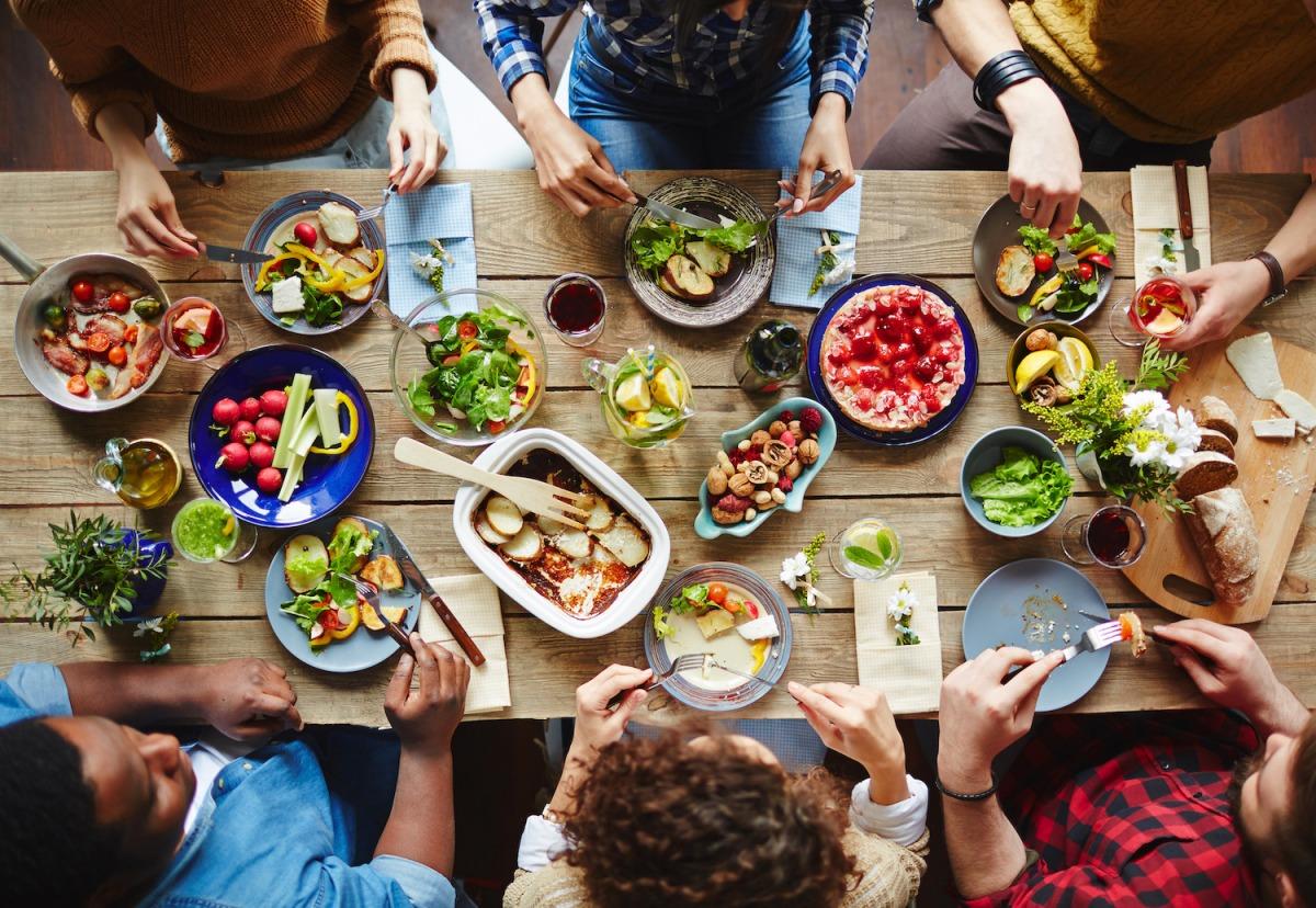 「痩せたいランナー必見!外食を味方につけてダイエットを加速させる方法」の画像