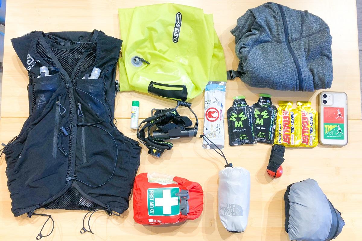 「トレイルランニング初心者必見!トレランレース必携品を大会や距離別にご紹介」の画像