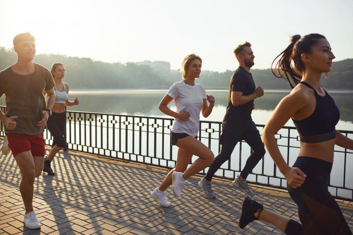 「【アシックス】「ASICS World Ekiden 2021」が11月に開催!42.195kmを仲間とともに走るバーチャル駅伝」の画像